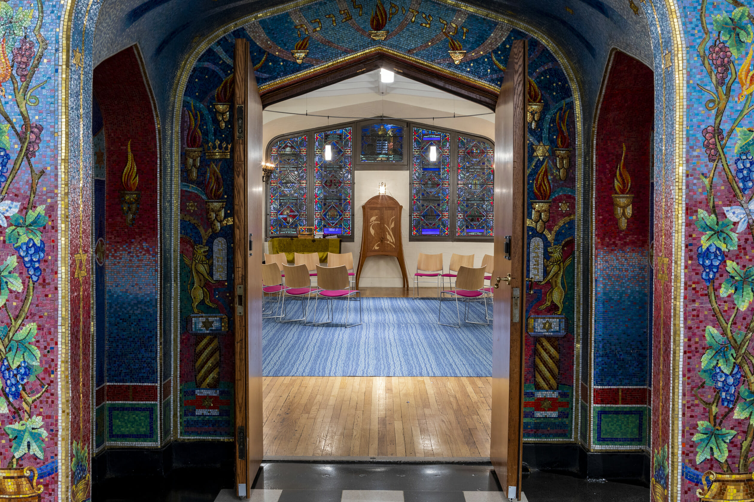 beautiful hallway entering b'nai jeshurun